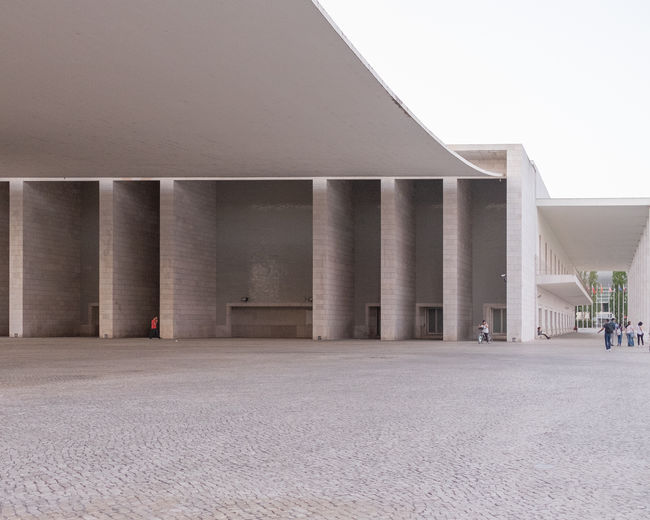 Alvaro Siza EyeEm Best Shots EyeEm Selects EyeEm Gallery EyeEmBestPics Architectural Column Architecture Building Building Exterior Built Structure Business City Clear Sky Colonnade Concrete Day Empty In A Row Modern Nature No People Office Office Building Exterior Outdoors Sky Transportation