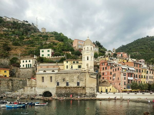 Vernazza. Travel Destinations Outdoors Cityscape Day No People Water Traveling Photography Scenics Borghipiúbelliditalia Travel Destionation Note 2 Borgo Marinaro Ligurian Riviera Sea Village Cinque Terre Liguria Italy Harbour Smartphone Photography Vacations Houses Architecture Building Exterior Built Structure Sky Nature