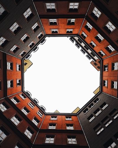 Looking Up EyeEm Best Edits Eyeemphotography EyeEm Gallery EyeEm Best Shots The Week on EyeEm Architecturelovers Architecture_collection Architecture Architecture City Skyscraper Building Exterior Office Built Structure No People Outdoors Day