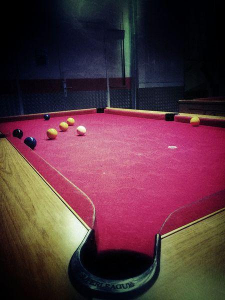 Night Life Pool Table Pool Ball Bar - Drink Establishment Snooker Friends