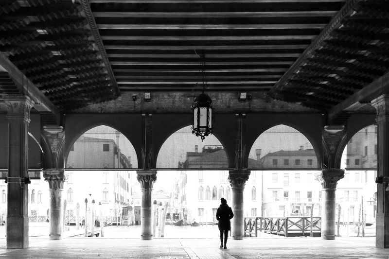 Venezia Italy Blackandwhite City Under Bridge - Man Made Structure Architectural Column Full Length Arch Walking Architecture Built Structure Arcade Archway Column Pillar Historic Old Town Colonnade Passage Hanging Light 17.62° The Art Of Street Photography The Traveler - 2019 EyeEm Awards The Street Photographer - 2019 EyeEm Awards