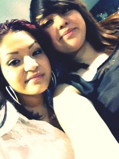 Was w/ my girlfriend at 01 <3