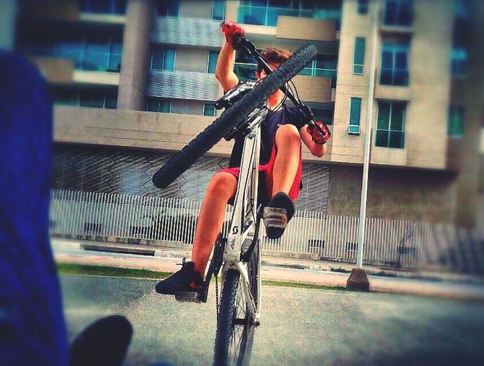 MTB Stunt Montainbike Wheelie Bike