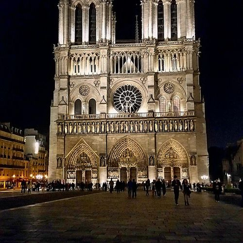 Typical tourist pic from my phone do some more when I get bk to UK Notredame Parisholiday Paris Wonderful_places nighttimeparis parisian