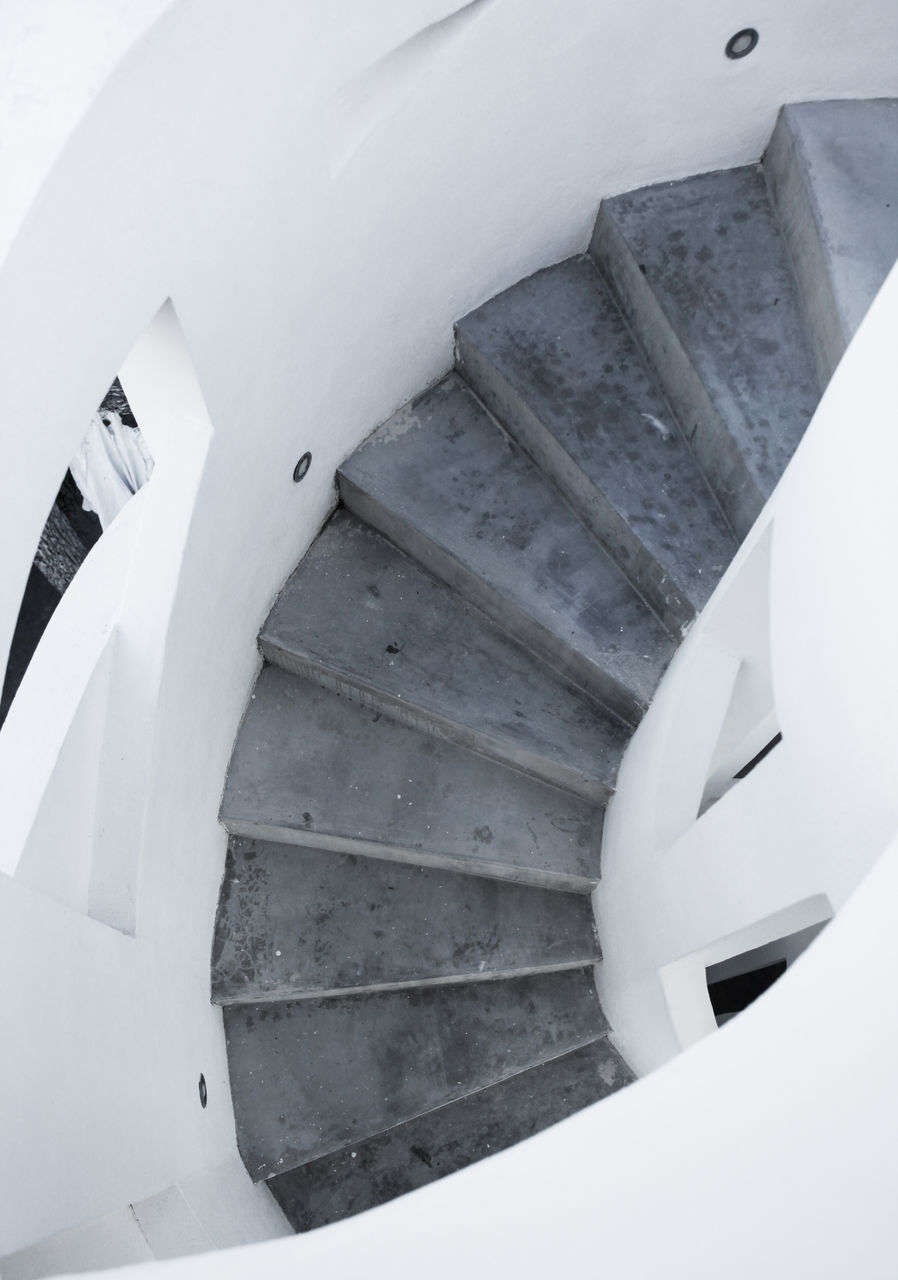 staircase, steps and staircases, steps, railing, spiral, stairs, architecture, design, high angle view, spiral stairs, built structure, hand rail, spiral staircase, no people, whitewashed, indoors, close-up, day