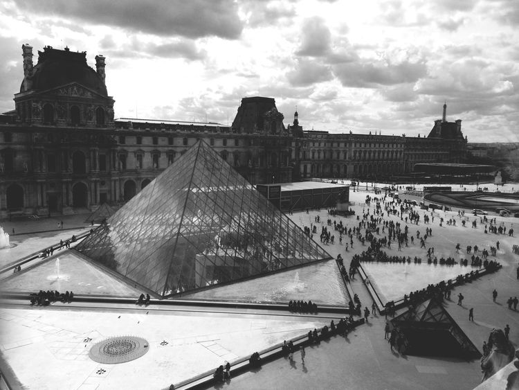 Hi there Paris Louvre Museum Trip Firstday Printemps Magicplace