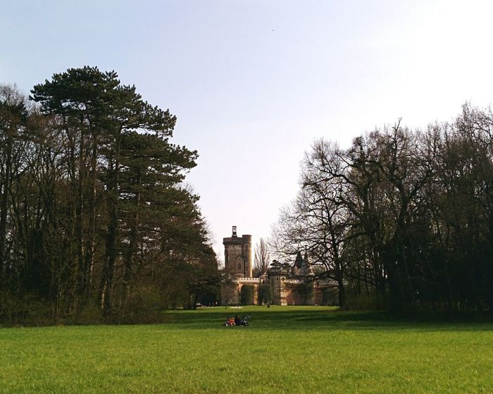 Princess Castle Rule Of Thirds Spring Has Arrived Springtime Park Picknick Picnic Frontal Shot Symmetry Landscape_Collection