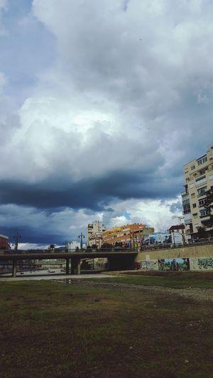 The Changing City Raning Malaga Nubesdehoy LOL Hello World Malagacity