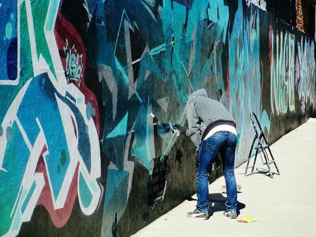 Getty & Eyeem Man Graffiti Getty Images Aerosol Colors Eye4photography  Street