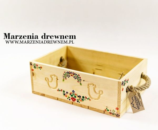 folklor z Polski Box Skrzynia Wood Woodenbox Myslenice Krakow Homedecor Homemade Woodworker Woodwork  Drewno Skrzynka Wooddesign Prezent Handmade Recznierobione Marzeniadrewnem Inspiration No People Paper White Background Day