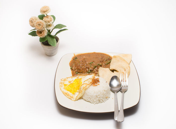 Omelet served in a plate