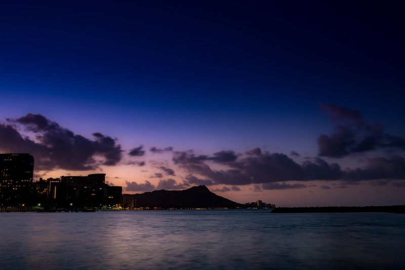 Diamond Head Sunrise Sunrise_sunsets_aroundworld Oahu Hawaii Diamondhead Waikiki Cloud - Sky Long Exposure Beach Beauty In Nature Fujifilm Fujifilm_xseries Fujifilm X-pro2 Sky