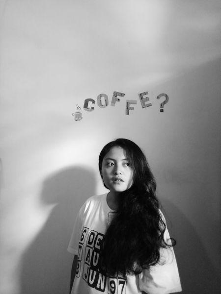 Cukup kopi saja yang pahit