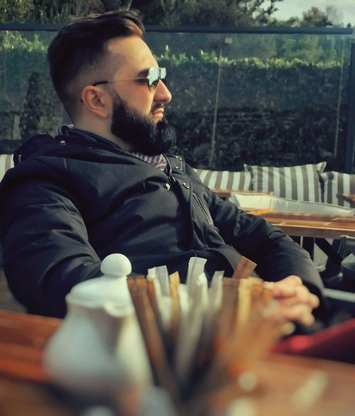 """Your home is where your thoughts is calm"". Cunfucius. ""So baby, You are my Home."" Sergey GREECE ♥♥ Vouliagmeni Young Adult Beard Males  Human Hand Coffee Break Stillinlovewithyou  BeardMan ♡♡ Thats Me ♥ Musicians MyLove❤ Myhome Manportrait Adults Only One Young Man Only Sergey Diploidrec Maleportrait Beautyman Mymemory Beardedman"