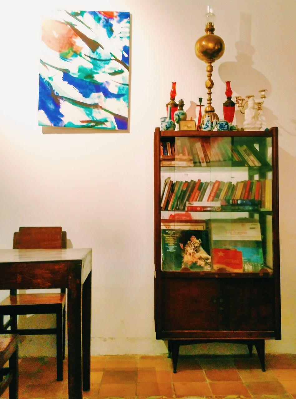 indoors, home interior, shelf, no people, variation, home showcase interior, choice, hanging, multi colored, bookshelf, day