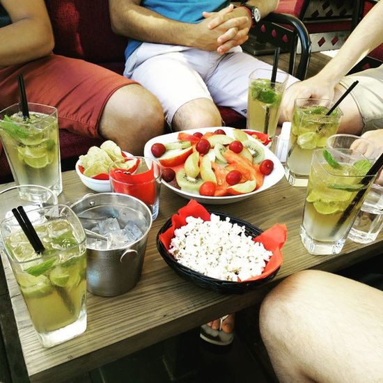Quand tu commandes 5 mojitos en Grèce.. Artfood Mojito Vacances Onestbien apéro entrepotes nofilter remembers