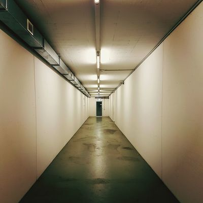 EyeEm Selects Indoors  Corridor Ceiling No People Architecture Illuminated Confined Space Built Structure
