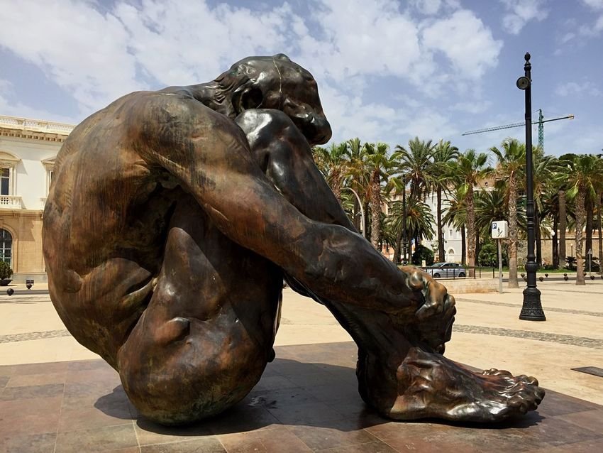 Gran escultura, impresionante trabajo !!!