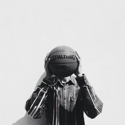 Bnwportrait Portrait Bnw Bnw_captures Eyemblackandwhite Basketball Spalding