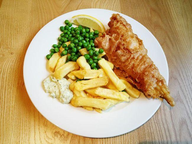 fish and chips Food British London Foodporn English Food PubFood Englishfood Fish Fishandchips Haddock