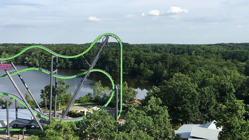 Amusement park , six flags Fun Rides Scream (null) Advanture Existing Interesting Sixflags