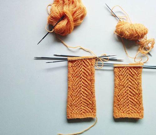 Two at a time. ☔☕ . . . . Knitstagram Igknitters Knitspiration Iloveknitting Knitfashion Laceknitting HandMadeIsBetter Springknits Knitdesign