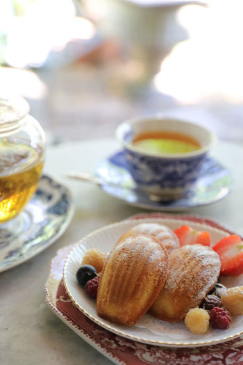 Madeleine Food And Drink Food Plate Table Freshness Drink Sweet Food Sweet Dessert Baked Ready-to-eat Tea Mug Refreshment Tea - Hot Drink No People Cup Still Life Hot Drink Indoors  Breakfast Snack Tea Cup Meal Crockery