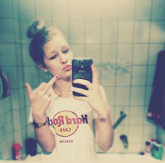 Hass mich, aber bitte liebe keine andere.. || ich würde alles dafür tun das es wieder so wird wie es mal war..! || wir tanzen im regen damit niemand unsere Tränen sieht Fack Ya Ungeschminkt #iiiih Love You ~P Haters Gonna Hate