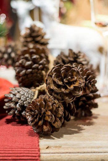 Pinecone Pinecones Pinecones🌲🌲 Pineconeart Pinecone Tree Close-up Food And Drink No People Table Pine Cone Still Life Food Selective Focus Focus On Foreground Indoors  Freshness Brown Dry Flower Plant Nature Large Group Of Objects Wood - Material Spice Flowering Plant