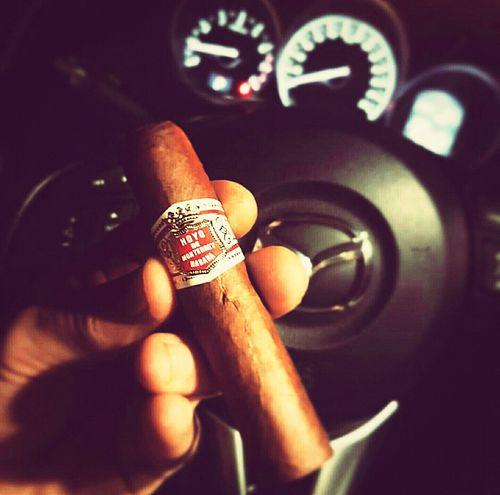 Cigar HoyoDeMonterrey Botl Fixthemood Riyadh KSA Enjoying Life ولعها سيجار تباكو Cuba