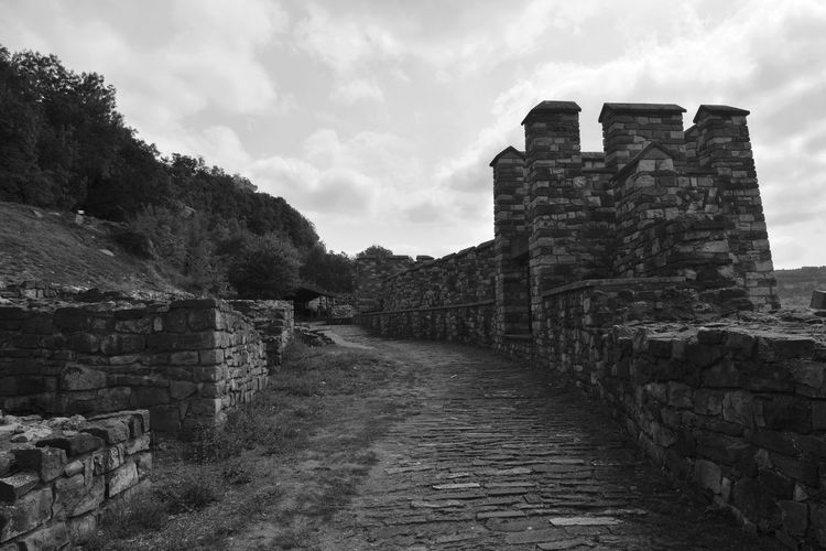 History Architecture Cloud - Sky Outdoors Built Structure Fortress Tsarevets Bulgaria History Blackandwhite