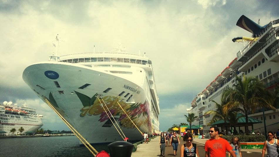 Cruising in the Bahamas Check This Out Taking Photos Traveling Starting A Trip