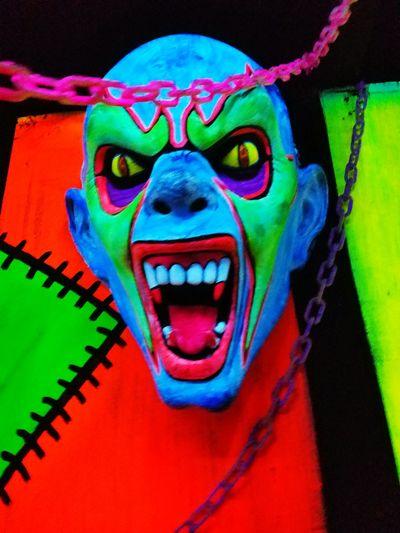 Multi Colored Blacklight♥ Graffiti 3D Art Silverwood Amusement Park Carnival Rides
