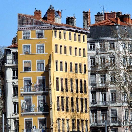 Lyon Citylife Only Lyon Eyelyon Streetart Peinture Façade Voyage Hello World