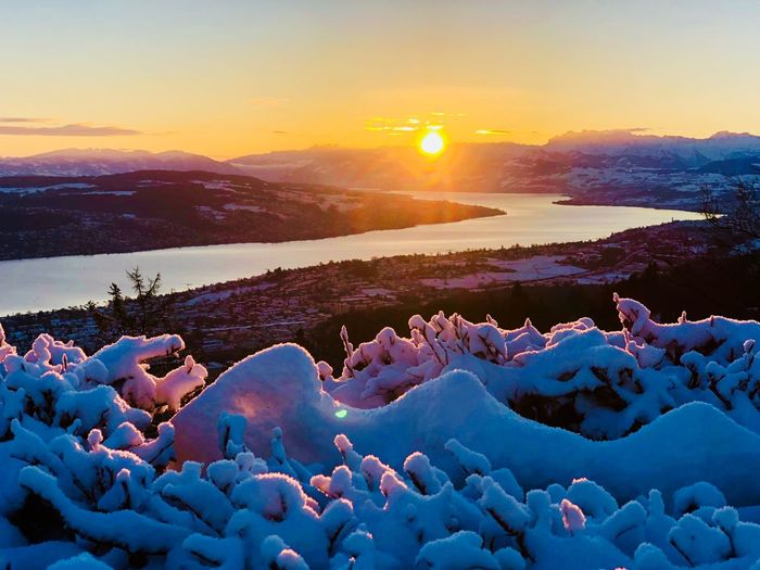 Some mornings are as beautiful as you want them to be ☀️ Morning Coffee Morning Sun Morning Morning Sky Morning Light Hiking Zürichsee Zurich, Switzerland Zürich Switzerland üetliberg Sunrise Sunset Beauty In Nature Nature Scenics Cold Temperature Winter Tranquil Scene Outdoors Landscape Mountain Snow Sunlight