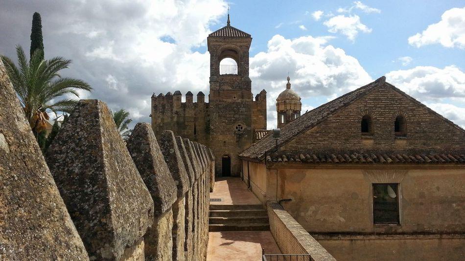 Alcazar De Los Reyes Cristianos Alcazar Old Palace Historical Place Medieval Travel History Medieval Architecture Cordoba Spain