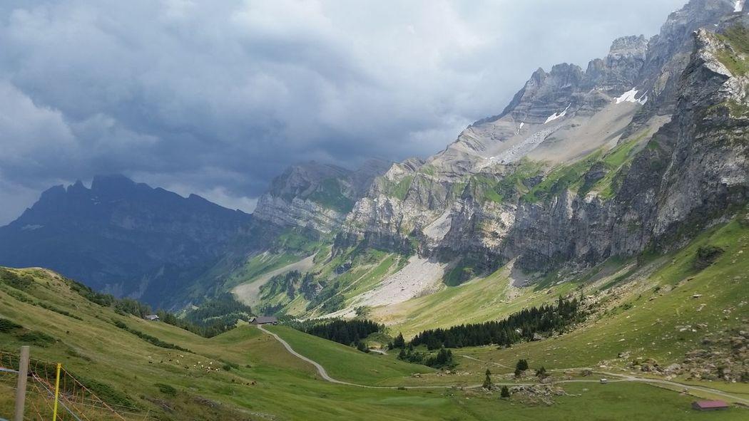 Champéry Montagne Jolie Paysage
