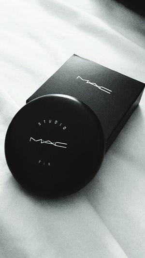 Macmakeup Makeup Make Up Blackandwhite Check This Out Picoftheday Likeforlike Black & White Girl Mac makeup is the way
