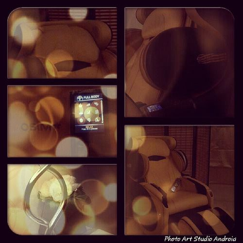 My uDivine Massager by Osim which I call it King Massage Relax chair amazing spa photooftheday غرد_بصوره عرب_فوتو مساج تصويري تصاميم