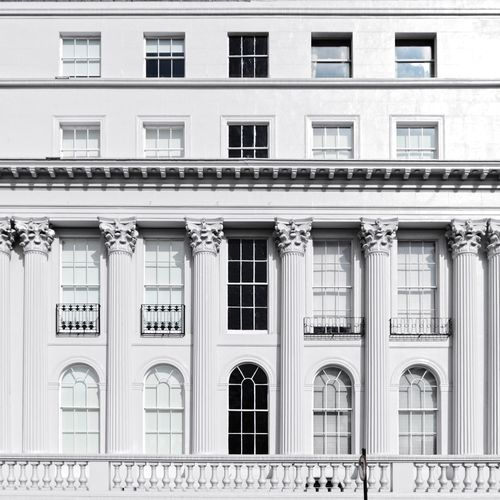 White facade White House Facade Detail Minimalist Architecture Architectural Column Architecture_collection City Residential Building Façade Window Balcony Architecture Building Exterior Built Structure Townhouse Apartment Building Story Row House