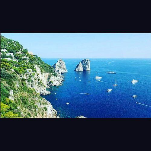 Farglioni Capri