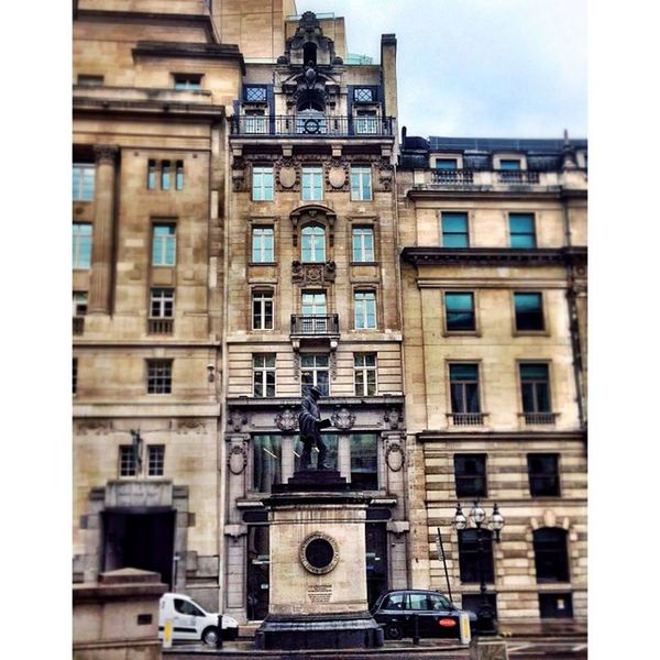 Historic Buildings and monuments in London City! London_only Londonpop Igerslondon London Ig_london LDN Timeoutlondon Mylondon Lovelondon