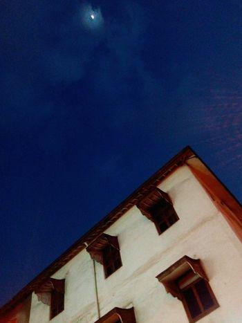Cobalt Blue By Motorola Streetsofmumbai Walking Around India Blue Sky Colaba Angle