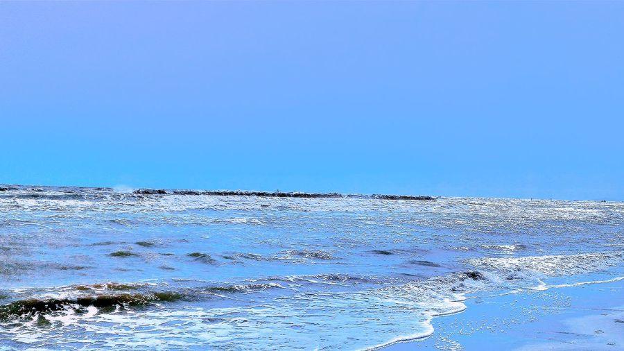 Fakeeffect Fake Cartoon Blue Plastic Irreale Unreal Colouredsea Marecolorato Vernice Scherzo Tenda Doccia Showercourtain WHYNOT?! No People Horizon Over Water Backgrounds Scenics Outdoors Wave
