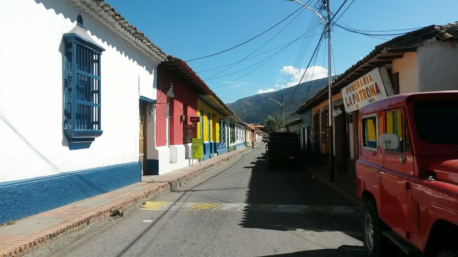 Mucuchies un pueblo tradicional de los Andes venezolanos Architecture Travel Destinations Venezuela Andes Building Exterior Street Outdoors Built Structure Sky City Road Day No People