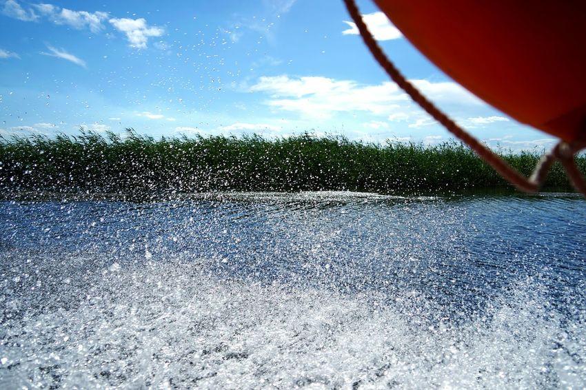 China Photos Baiyangdian Lake Boat Cleaving Water Water Drops Travel Taking Photos Streamzoofamily