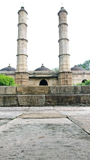Abandoned Royal Mosque in Champaner Fort History Old Ruin Architecture Travel Destinations Cloud - Sky Sky Architectural Column Outdoors Ancient Civilization King - Royal Person Architecture