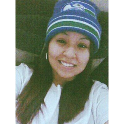 An old pic but who cares , Day 2 Selfiesunday Gohawks WeReady ButImReadyToEat iStayReadyToEat lol Told ya'll this is OURYEAR ? ?
