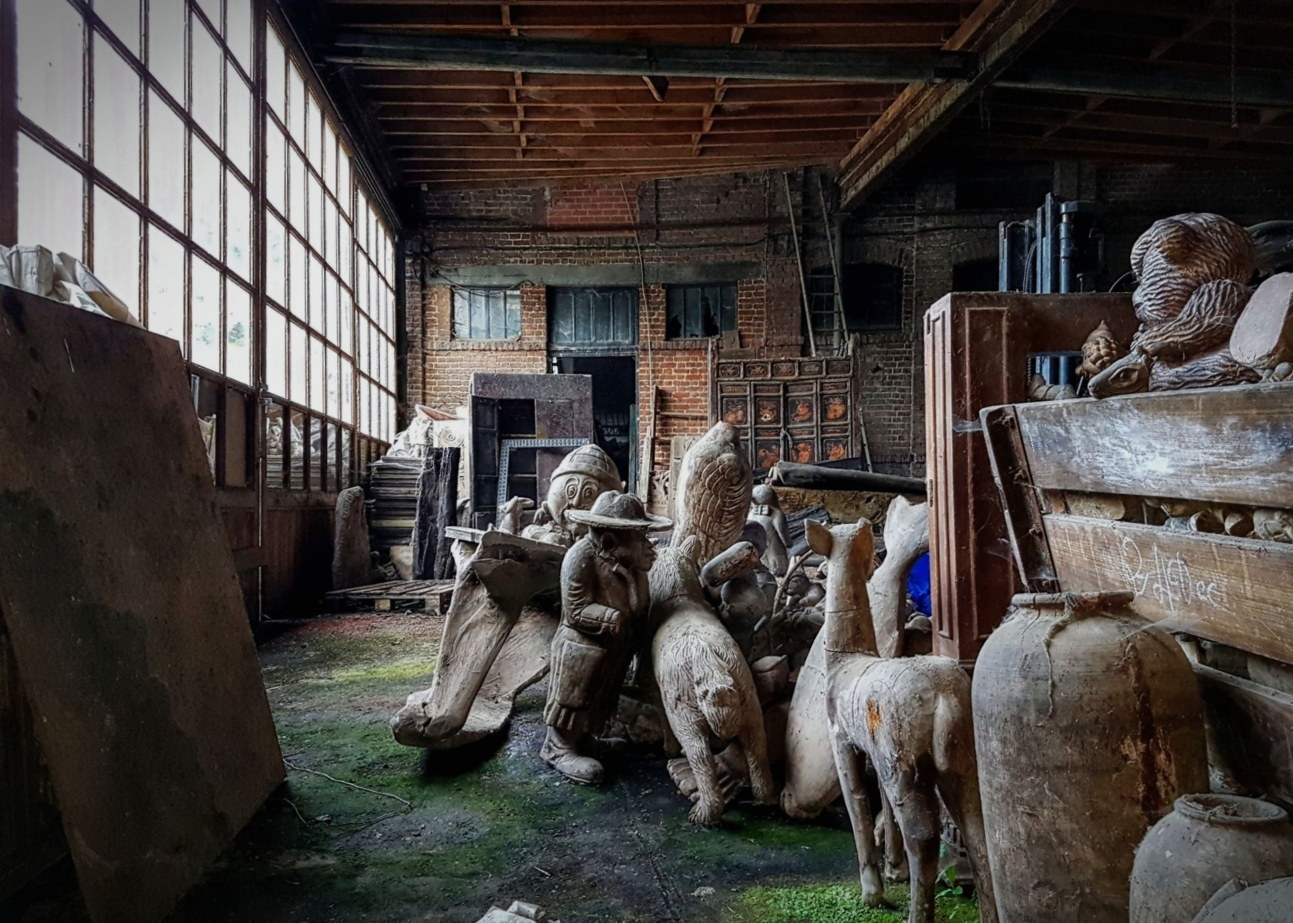 animal, animal themes, architecture, mammal, group of animals, indoors, no people, vertebrate, livestock, domestic animals, day, built structure, domestic, pets, farm, cattle, old, agriculture, wood - material, cow, herbivorous, stable
