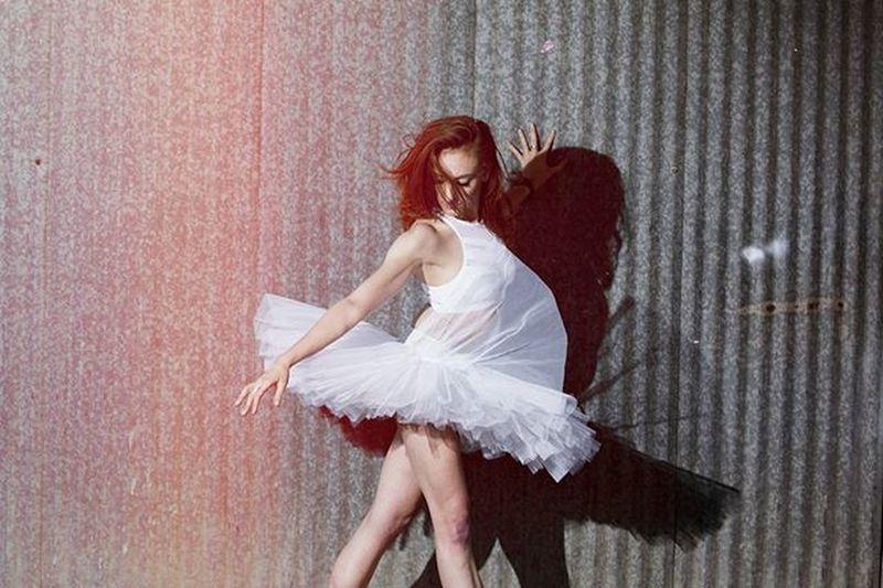 Shadows with @maddiehill92 😚 . . Shadows Instashadows Instadance Ballet Ballerina Dance Dancephotography Igballet Instaballet Pointe  Vscoteam Vscolove VSCO TeamCanon Shootcanon Dallas DFW Artsdistrict Deepellum DownTownDallas Danceportraits Portraits Canon 7020028 strobes